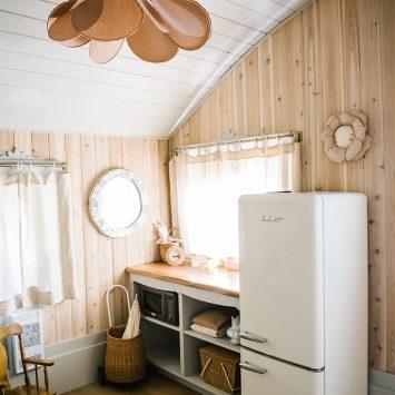 iio Retro fridge in a modern apartment
